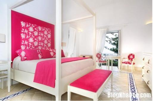 phong ngu mau hong 1 Nhẹ nhàng quyến rũ với gam màu hồng tô điểm phòng ngủ