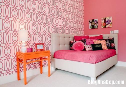 phong ngu mau hong 3 Nhẹ nhàng quyến rũ với gam màu hồng tô điểm phòng ngủ