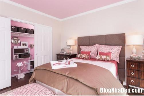 phong ngu mau hong 5 Nhẹ nhàng quyến rũ với gam màu hồng tô điểm phòng ngủ