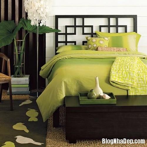 1375310226 2 Thay áo cho phòng ngủ với màu xanh lá cây