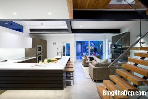 1402112358 9 Ngôi nhà 3 tầng hiện đại ở Vancouver