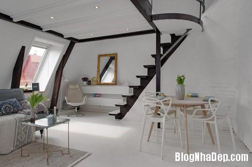 20140624112133 image005 Không gian trắng tinh trong căn hộ gác mái ở Thụy Điển