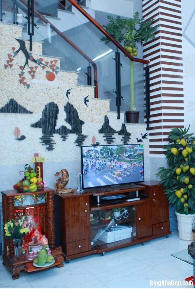 60 Thăm nhà ca sĩ Hồ Quang Hiếu
