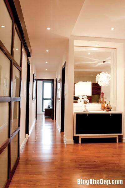 Hanhlang01 2308 1395467081 Ngôi nhà hiện đại với nội thất đơn giản ở Hà Nội