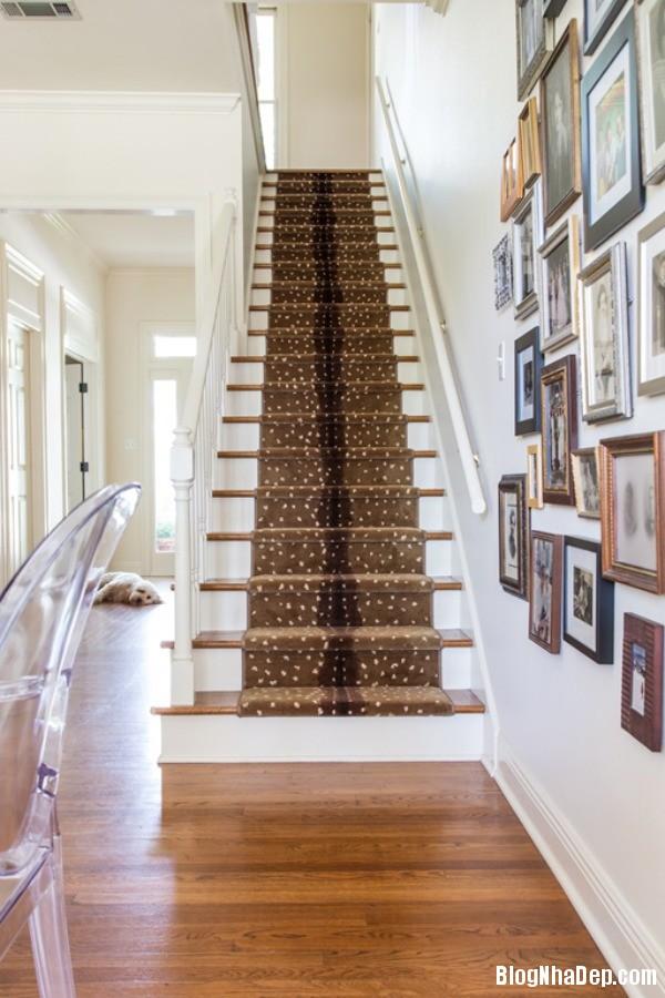 a2 1395937675 Trang trí cầu thang tạo điểm nhấn cho ngôi nhà