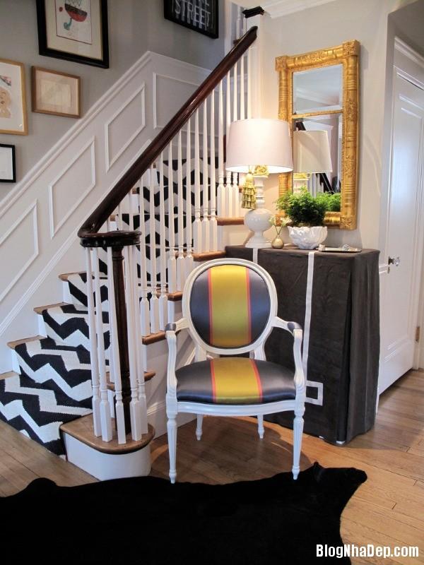 a4 1395937696 Trang trí cầu thang tạo điểm nhấn cho ngôi nhà