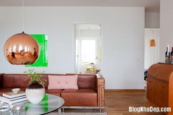 file.391053 Ngôi nhà với gam màu tối giản
