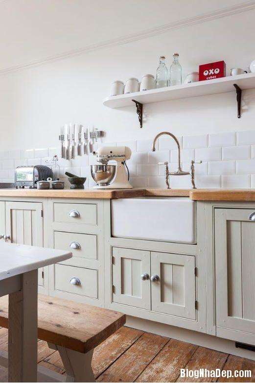 file 01119 Thiết kế không gian bếp ấm áp với nội thất gỗ