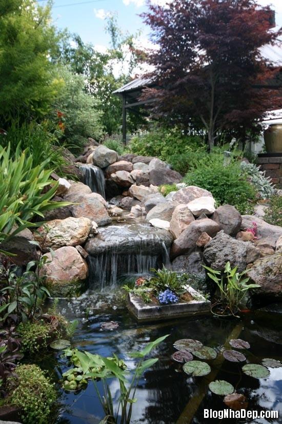 file 0174 Bài trí ao nước róc rách cho khu vườn