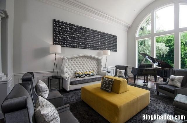 file 025 Kết hợp màu xám và vàng trong trang trí nội thất phòng khách