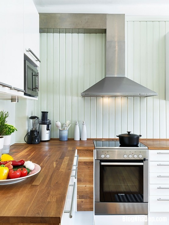 file 036 Thiết kế không gian bếp ấm áp với nội thất gỗ