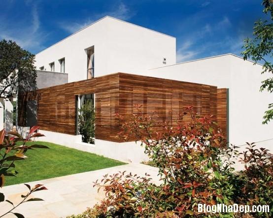 httpwwwdigsdigscomphotosfreshandmodernhousewithlotsofcolor2554x443jpg Ngôi nhà quyến rũ mang đậm phong cách Pháp