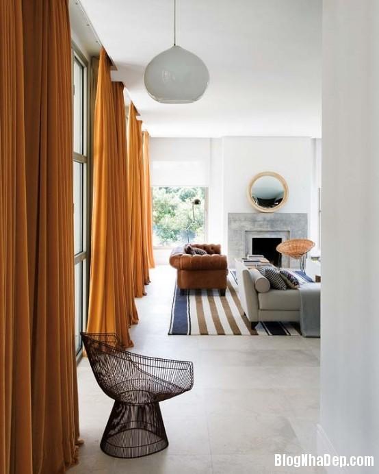 httpwwwdigsdigscomphotosfreshandmodernhousewithlotsofcolor6554x692jpg Ngôi nhà quyến rũ mang đậm phong cách Pháp