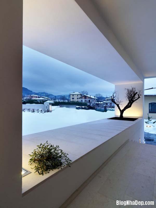 ngoi nha voi thiet ke tao bao cua cac kien truc su damil 010 Ngôi nhà rộng lớn nằm ngang sườn núi của các kiến trúc sư Damilano Studio