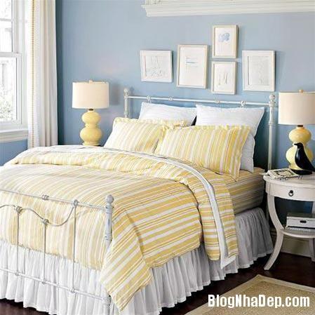 qh 20091016 nd 46 Phòng ngủ mùa hè thêm mát với họa tiết kẻ sọc