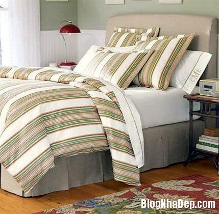qh 20091016 nd 52 Phòng ngủ mùa hè thêm mát với họa tiết kẻ sọc