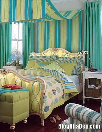 qh 20091016 nd 58 Phòng ngủ mùa hè thêm mát với họa tiết kẻ sọc