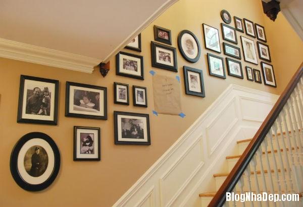094928baoxaydung image008 Trang trí cho bức tường cầu thang trở nên sinh động
