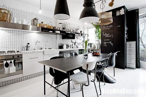 1403662647 1 Gian bếp tiện nghi rộng rãi trong căn hộ 39m2
