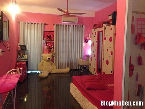 1403775267 miule eva1 Phòng ngủ màu hồng trẻ trung của ca sĩ Miu Lê
