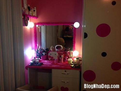 1403775267 miule eva3 Phòng ngủ màu hồng trẻ trung của ca sĩ Miu Lê