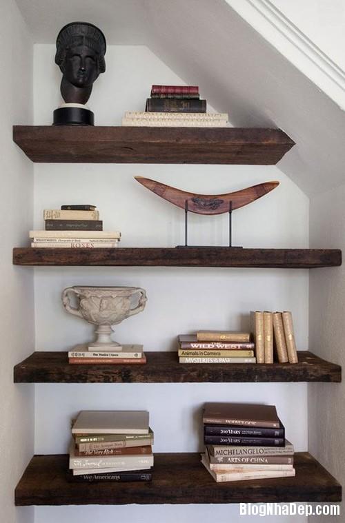 1405302728 10 Giá gỗ mộc mạc và duyên dáng tô điểm trên tường