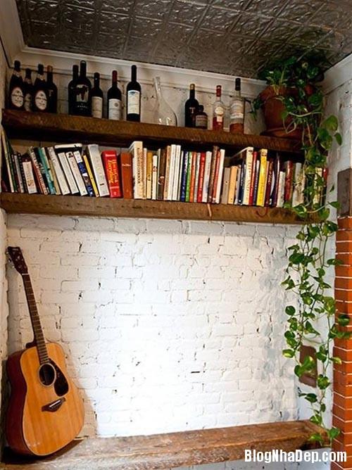 1405302728 7 Giá gỗ mộc mạc và duyên dáng tô điểm trên tường