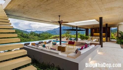 1405506361 4 Ngắm ngôi nhà hiện đại hùng vĩ trên đồi ở Columbia