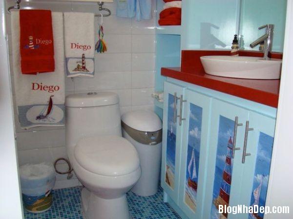 20131224081828155 Mẫu thiết kế phòng tắm đẹp cho bé yêu