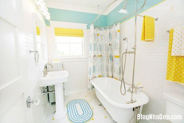 20131224081854331 Mẫu thiết kế phòng tắm đẹp cho bé yêu