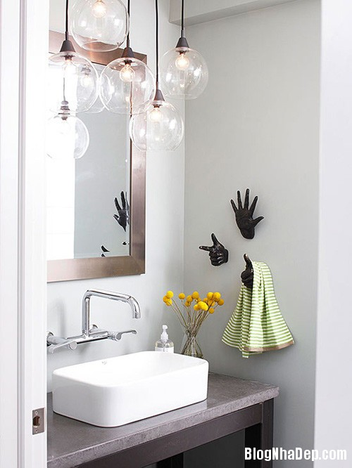20131224085940977 Nới rộng phòng tắm nhỏ