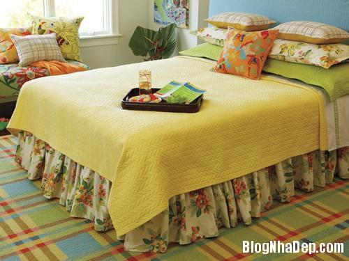 20131230020913958 Chọn ga giường tươi sáng cho phòng ngủ