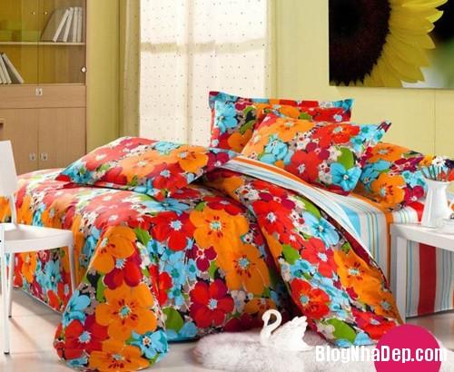 20131230020916798 Chọn ga giường tươi sáng cho phòng ngủ