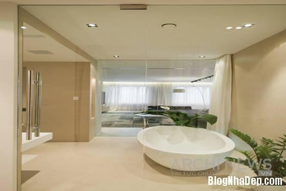 Hình 12 Một góc nhìn khác của phòng tắm Căn hộ cao cấp theo phong cách tối giản ở Nga
