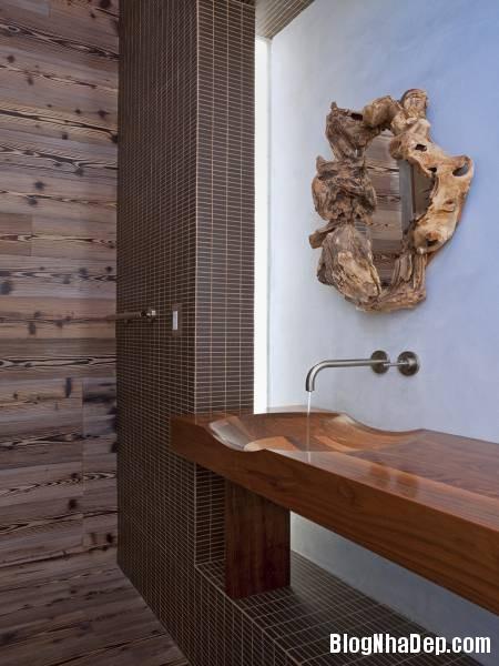 Hình 6. Bồn rữa mặt vô cùng tinh xảo với gỗ Appleton Living   ngôi nhà hiện đại ở thành phố Venice, Italy