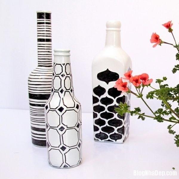 bottle 1 1401374878 Khéo tay tận dụng chai lọ cũ làm đồ trang trí