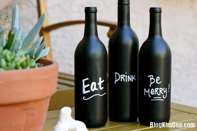 bottle 10 1401375024 Khéo tay tận dụng chai lọ cũ làm đồ trang trí