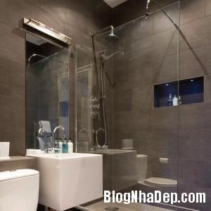 phong tam su dung vach kinh1 300x300 Chọn nội thất đẹp cho phòng tắm nhỏ
