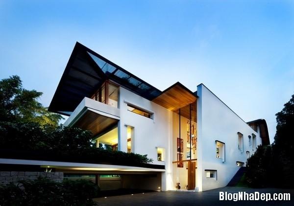5ff12ca9aea80df539e275e07b6e1fda Ngôi nhà 2 tầng sang trọng ở Singapore