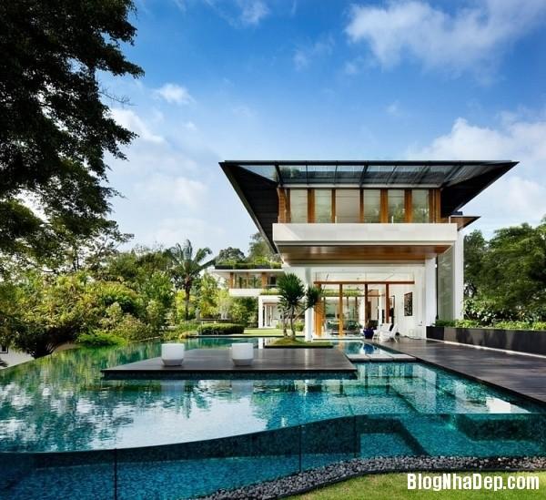 a7e7d570aefdd8cc661ea2347b287fd2 Ngôi nhà 2 tầng sang trọng ở Singapore