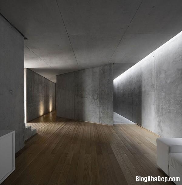 04c0e484c123562f8509f6a5e04e6b9a Ngôi nhà RAINHA khá sang trọng mang phong cách tối giản ở Portugal
