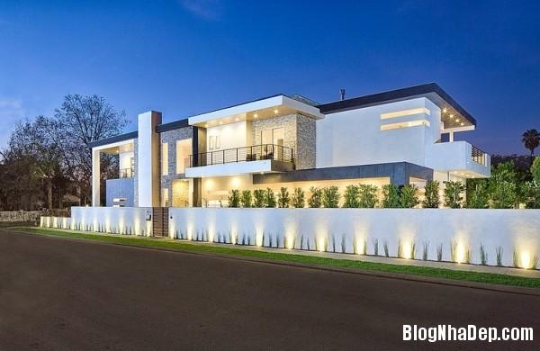 1e0b549390f6a3fbe6444ff5ed9f20e7 Ngôi nhà 2 tầng sang trọng, ấm cúng ở California