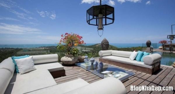 1e6b03b8cb48fd94eb237822e619299b Ngắm villa thanh bình được bao quanh bởi  những hàng cây xanh thẳm