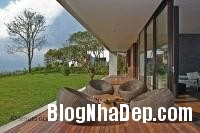 372061 a Ngôi nhà ấn tượng với vị trí nằm cheo leo ngay bên sườn đồi xanh mát của vùng Medellin, Colombia