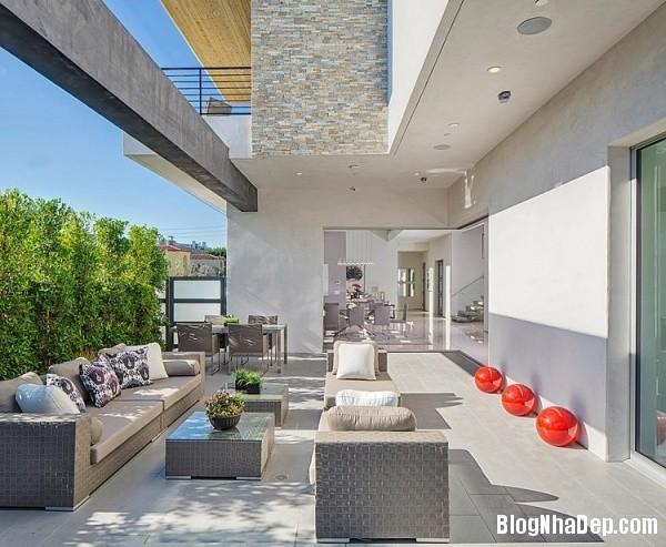 441b5e3841c5c32fe2ecccd437819279 Ngôi nhà 2 tầng sang trọng, ấm cúng ở California