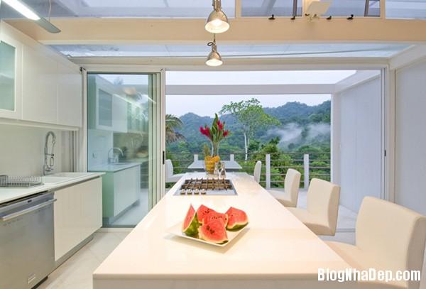 4b1f27e8f1599453dad4538db7f355bc Ngôi nhà với kiến trúc tối giản này ẩn mình giữa thiên nhiên hùng vĩ, xanh mát