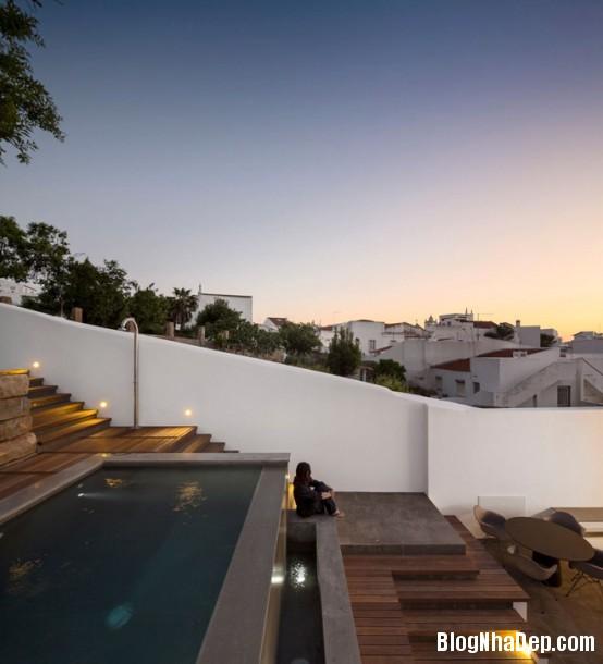6f798cdf8bf445f7c0a611176b341a0d Ngôi nhà mang hình khối độc đáo, lạ mắt ở Portugal