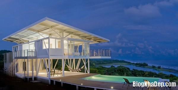7f3dde806e99b513b6ea804e9106d1c8 Ngôi nhà với kiến trúc tối giản này ẩn mình giữa thiên nhiên hùng vĩ, xanh mát