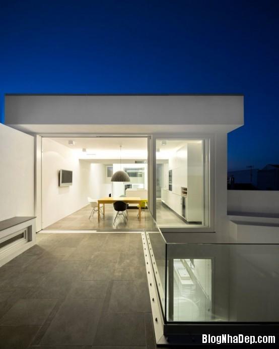 8ad634a88e46ad27ff58637a32619985 Ngôi nhà mang hình khối độc đáo, lạ mắt ở Portugal