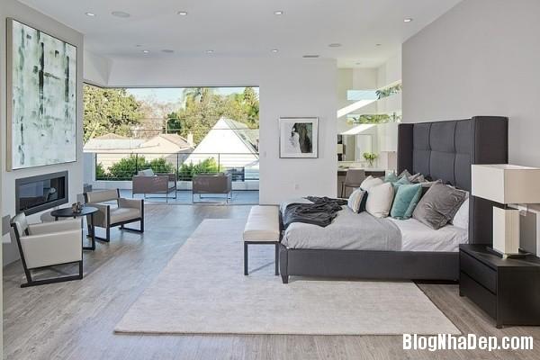 92fb0b53d4ee5abe0f8e415cd49163c0 Ngôi nhà 2 tầng sang trọng, ấm cúng ở California